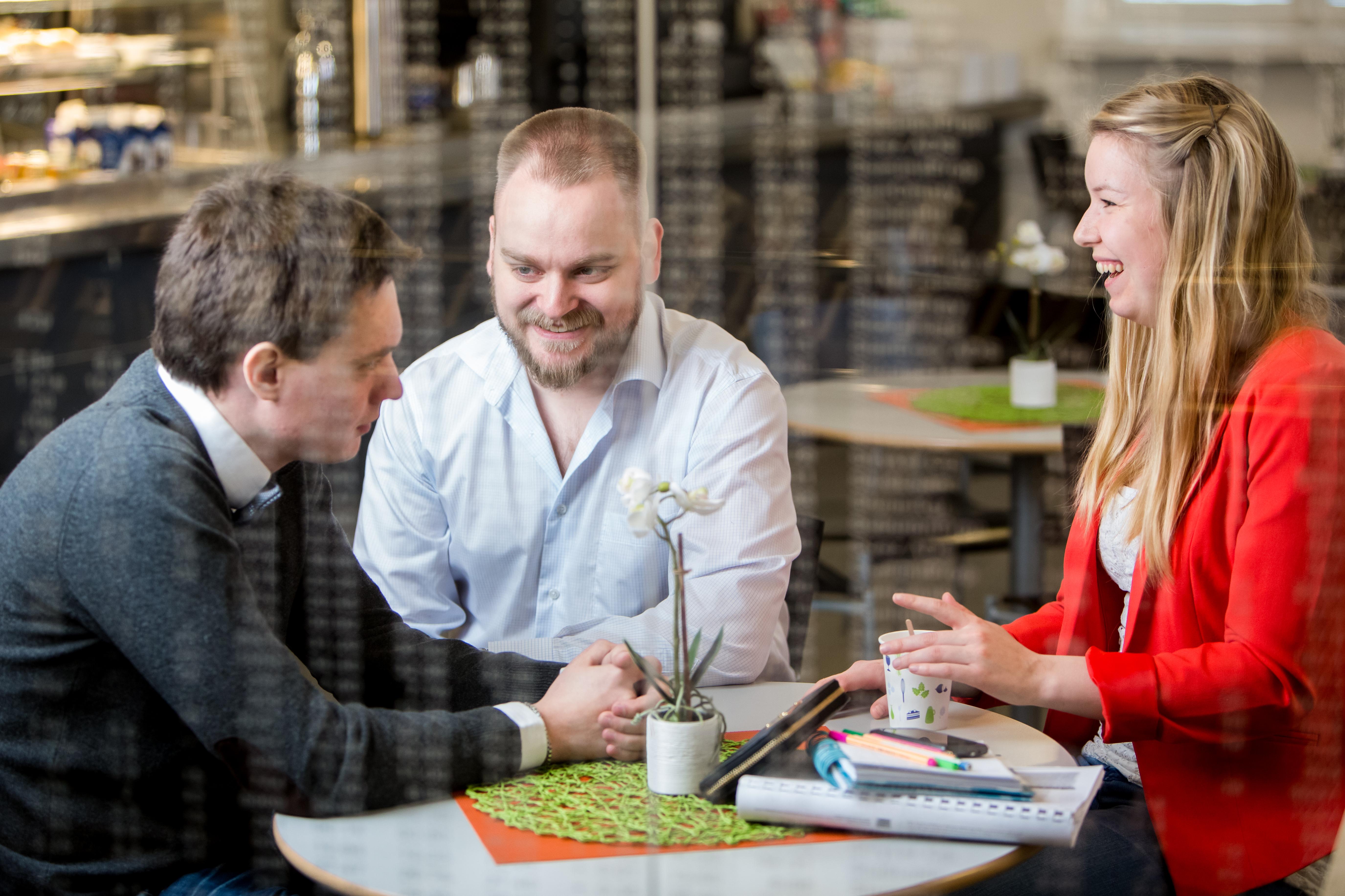 Högskolestiftelsen i Österbotten delar ut 955.500 euro  – nytt magisterprogram i IT på ÅA i Vasa får 50.000