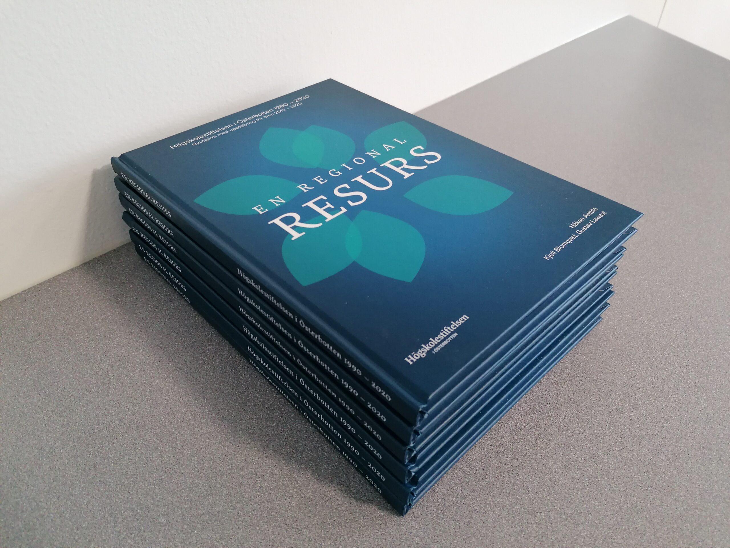 Nyutgåva av EN REGIONAL RESURS – Högskolestiftelsen i Österbotten 1990 – 2020